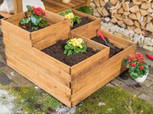 Multi level planter boxes