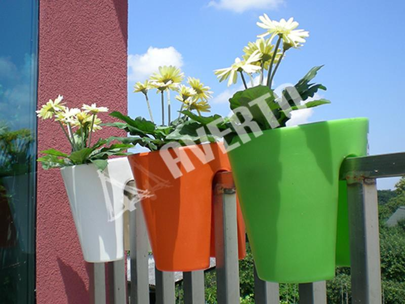 gel nder blumentopf balcone blument pfe balkon. Black Bedroom Furniture Sets. Home Design Ideas